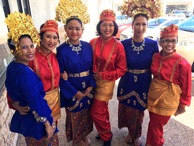 Traditional Indonesian folk dancers at EurAsia's grand opening celebration